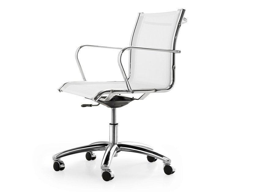 Height-adjustable mesh task chair with 5-Spoke base with armrests SEASON NET | Task chair by Quinti Sedute