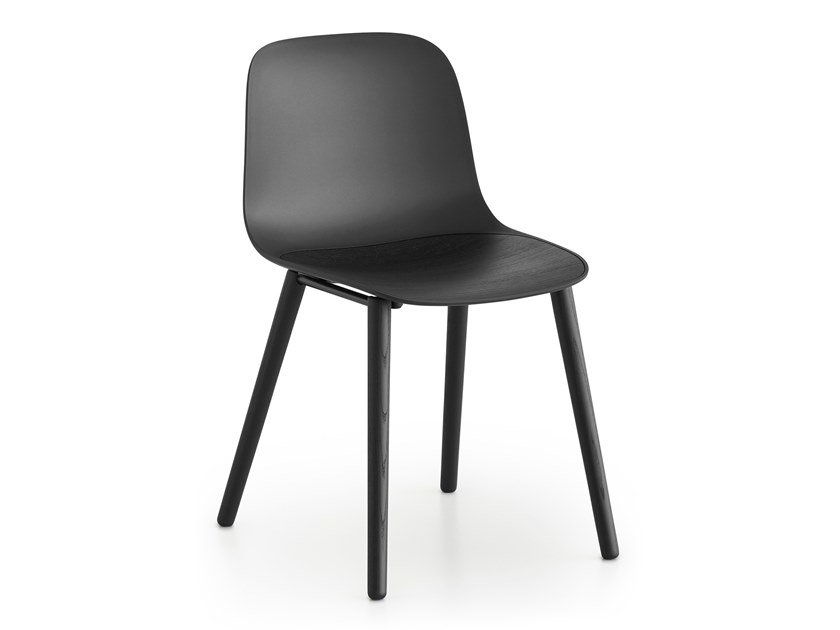 Polypropylene chair with wooden legs SEELA | Chair by Lapalma