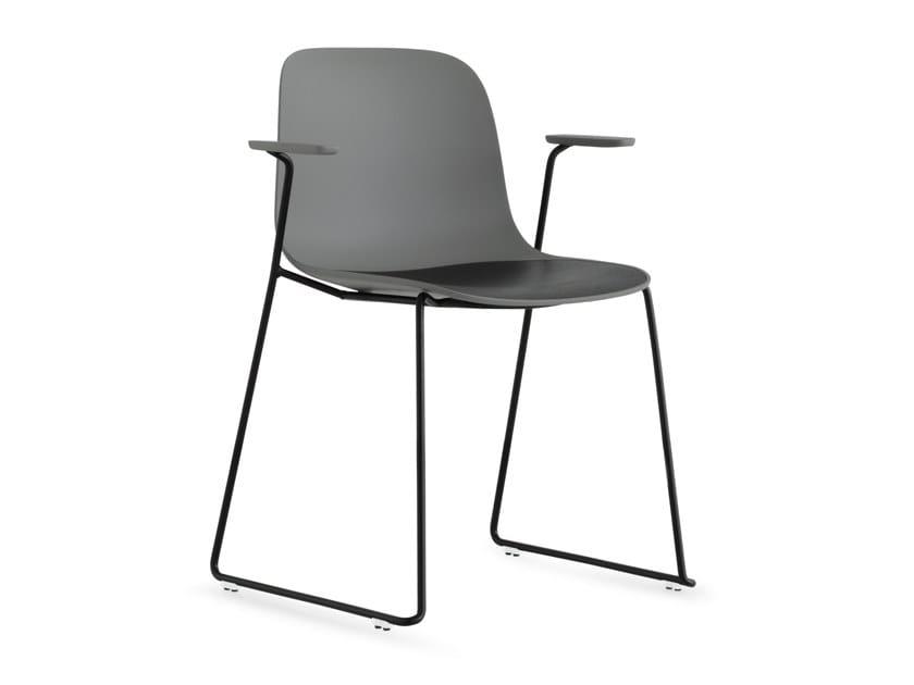 SEELA | Chaise avec accoudoirs