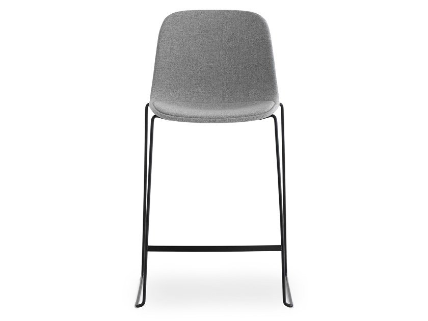High stackable polypropylene stool SEELA | Stool by Lapalma