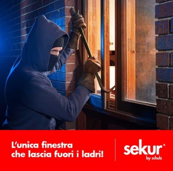 SEKUR L'unica finestra che lascia fuori i ladri!