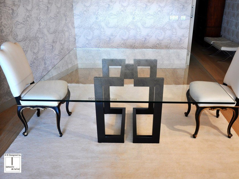 Square glass and iron dining table SENDAI | Square table by Gonzalo De Salas