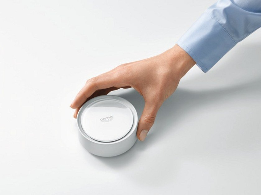 Smart water sensor SENSE by Grohe