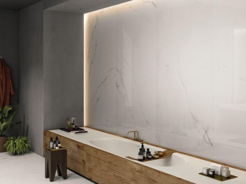 SENSI WIDE ABK SENSI WIDE 18 Statuario Ultra Lux abbinato a CROSSROAD Chalk Grey