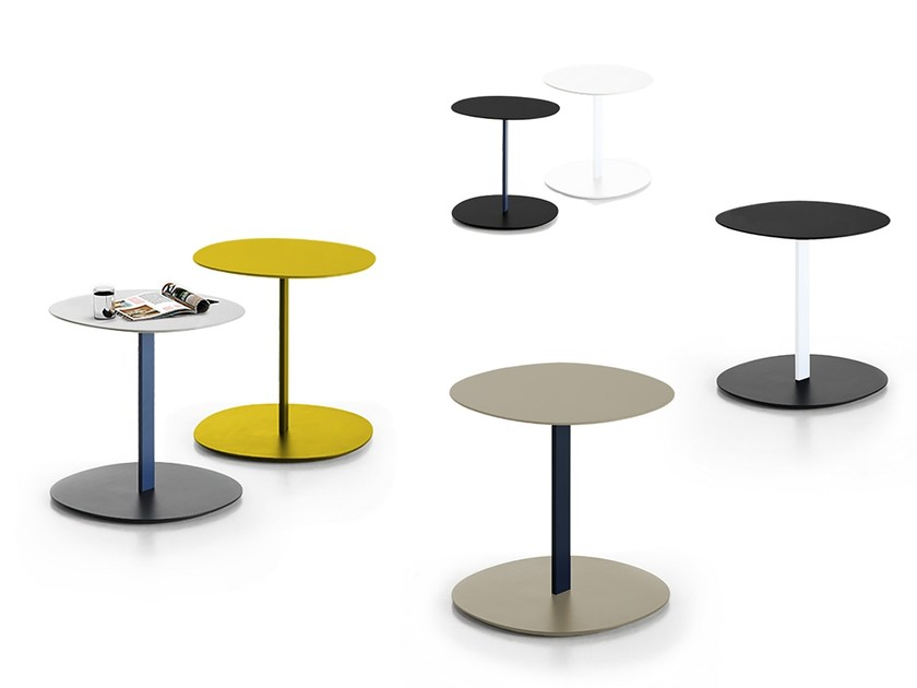 Low lacquered MDF coffee table SERRA | Round coffee table by Viccarbe