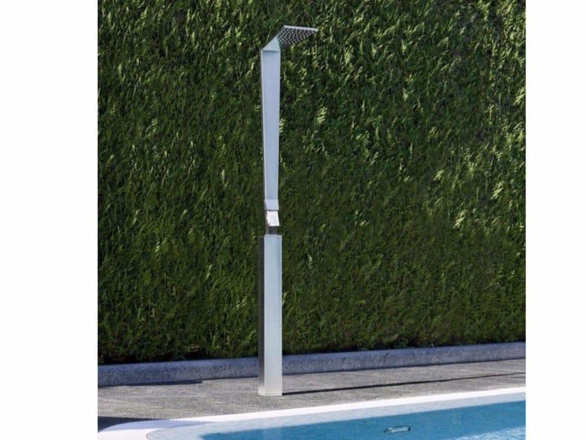 Floor standing brass shower panel with overhead shower SHARP | Floor standing shower panel by tender rain