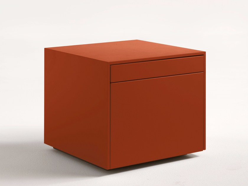 Lacquered square wooden bedside table SHEN | Bedside table by Lema