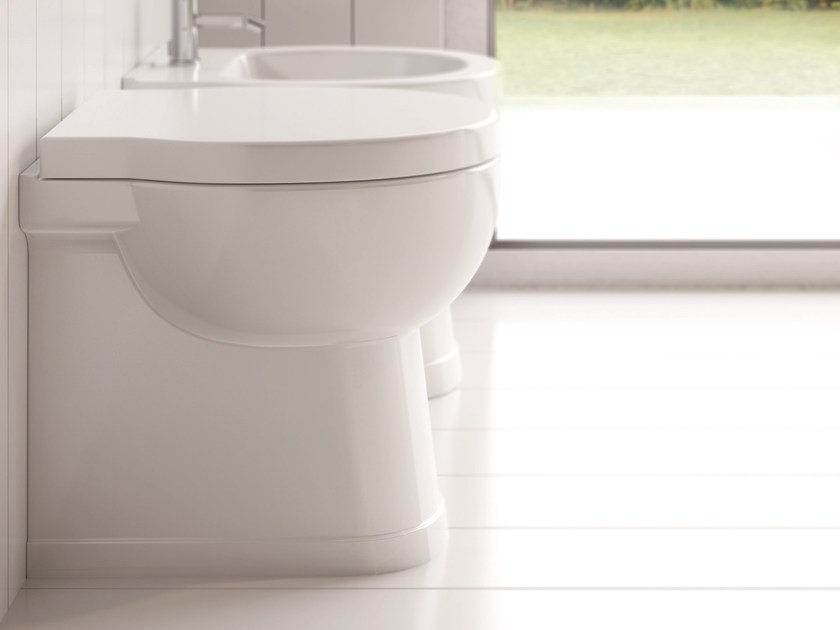 SHORT H 50 | Compact toilet By Alice Ceramica