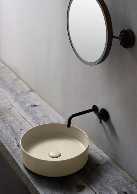 Countertop round ceramic washbasin SHUI COMFORT | Round washbasin by Ceramica Cielo