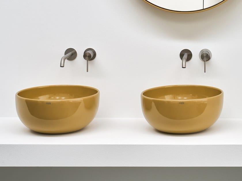 Countertop round ceramic washbasin SHUI | Round washbasin by Ceramica Cielo