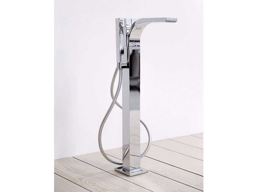 Floor standing bathtub tap with hand shower SI   Floor standing bathtub tap by CERAMICA FLAMINIA