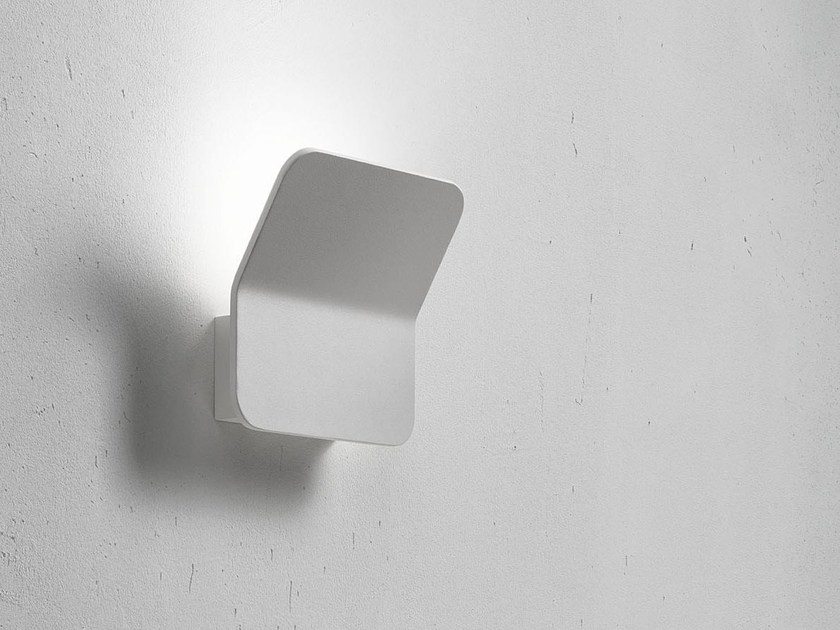 LED indirect light painted metal wall lamp SIGN by Lucente
