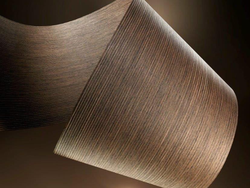 Superficie decorativa in legno con linee metalliche SILVER RAIL by ALPI