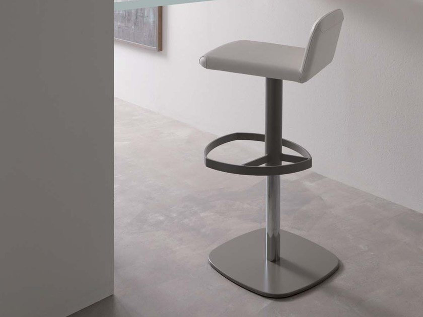 Upholstered height-adjustable leather chair SIMPLE by Ozzio Italia