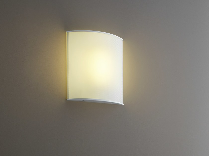 Opal glass wall light SIMPLE WHITE by FontanaArte