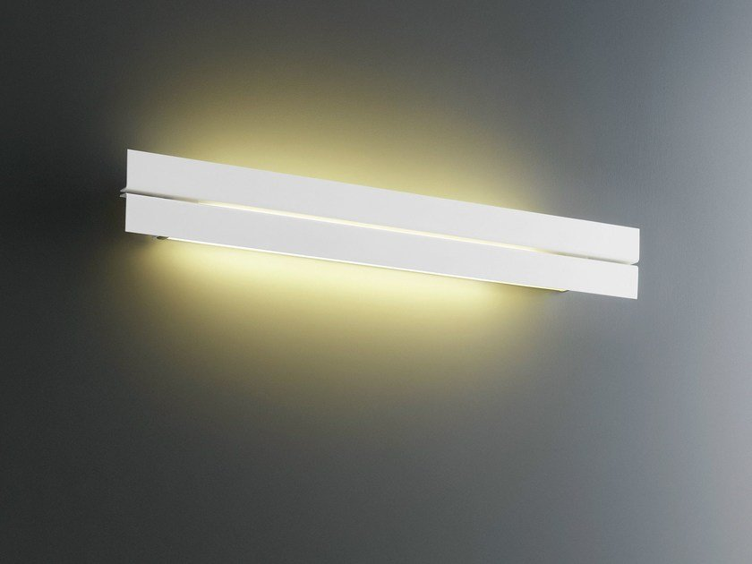 Tempered glass wall light SIMPLICITY by FontanaArte