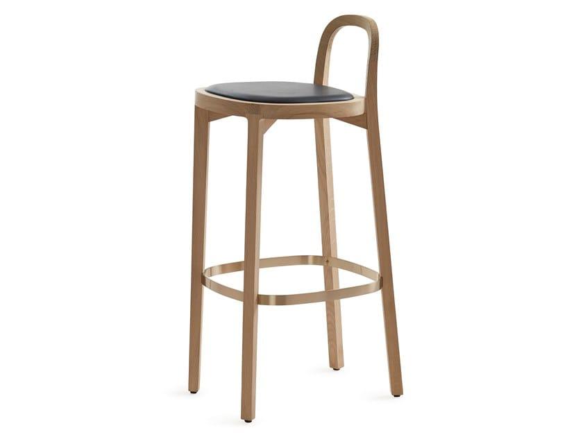 English oak stool with integrated cushion SIRO+ | Stool with integrated cushion by Woodnotes