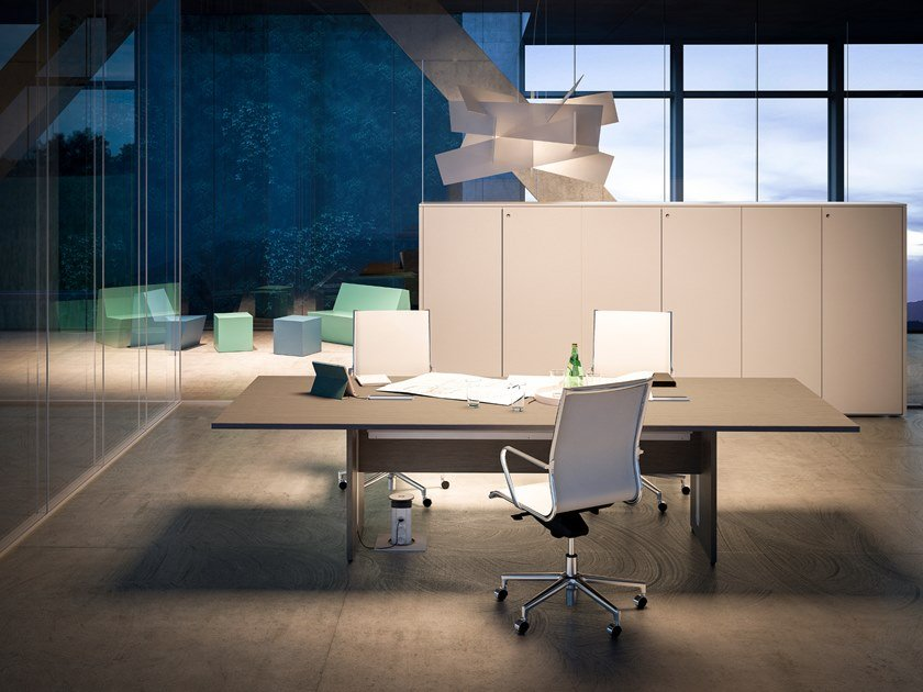 Meeting table with cable management SISTEMA 28 | Meeting table by FANTONI