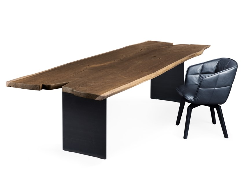Rectangular solid wood dining table SK08 BUTTERFLY by JANUA