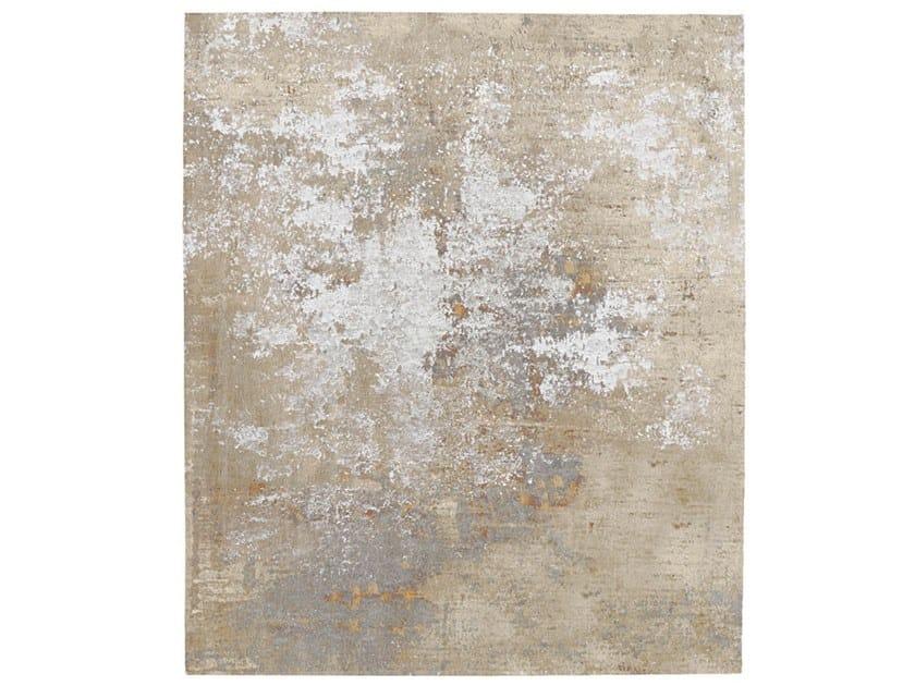 Handmade rug SKALDERVIKEN DIAMOND DUST by HENZEL STUDIO