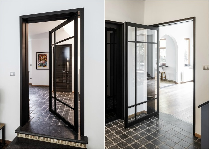 Glass and aluminium offset axis pivot door SKD75 STEEL LOOK by Anyway Doors & Glass and aluminium offset axis pivot door SKD75 STEEL LOOK Steel ...