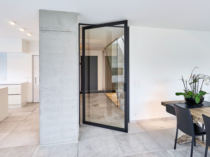 Drehtür aus Aluminium und Glas SKD48 BLACK Kollektion Pivoting room Interesting Door Glass Designs