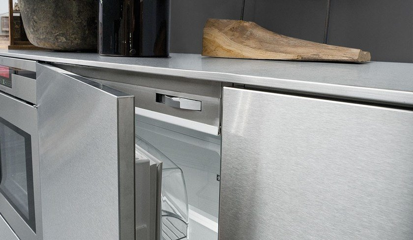Stainless steel kitchen with island SKIN INOX SCOTCH-BRITE By Xera ...