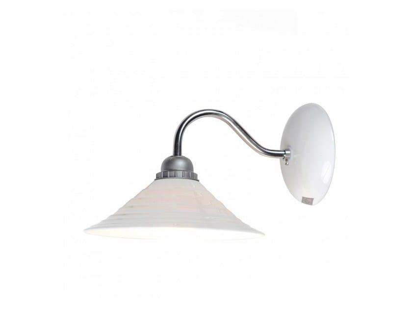 Lampada da parete a luce diretta in porcellana con braccio fisso SKIO | Lampada da parete by Original BTC