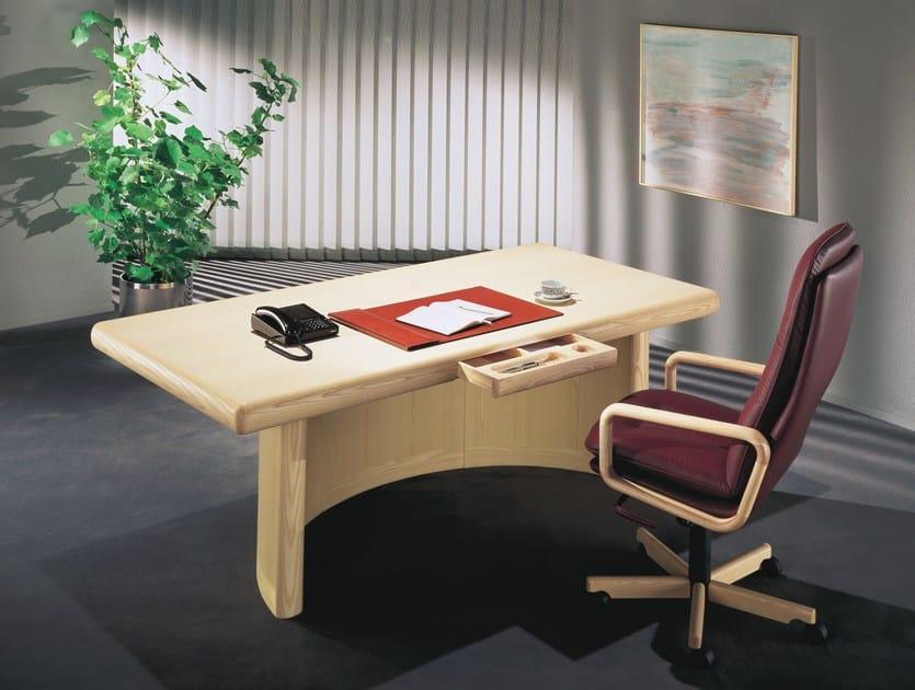 Rectangular wooden office desk SKYLINE by Dyrlund