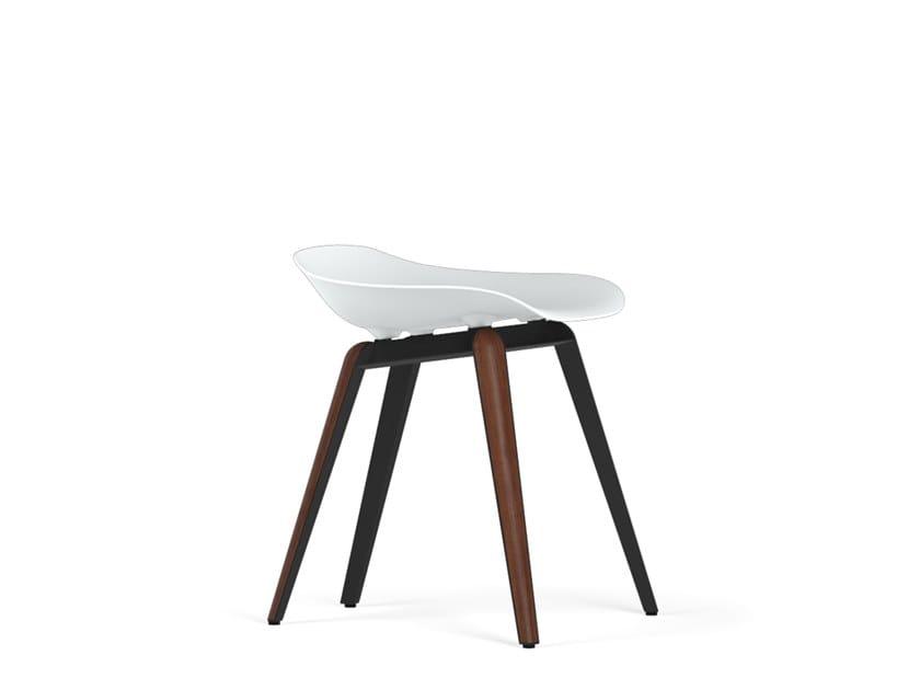 Polypropylene stool SLICE V9   Stool by KUBIKOFF