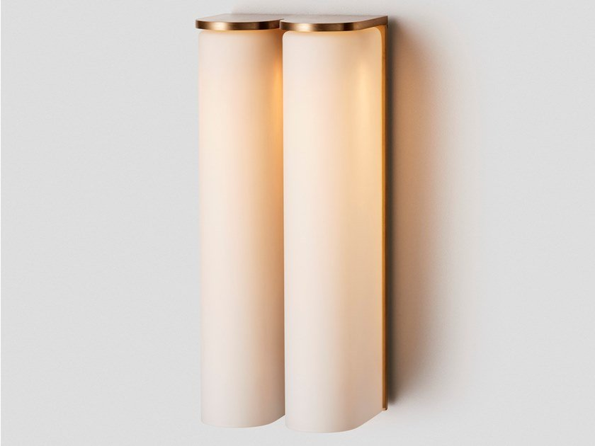 Applique a LED in vetro opale SLIM SIDE by Articolo Lighting