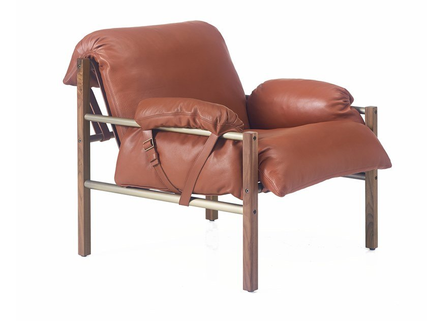 Club leather armchair with armrests SLING | Armchair by BassamFellows