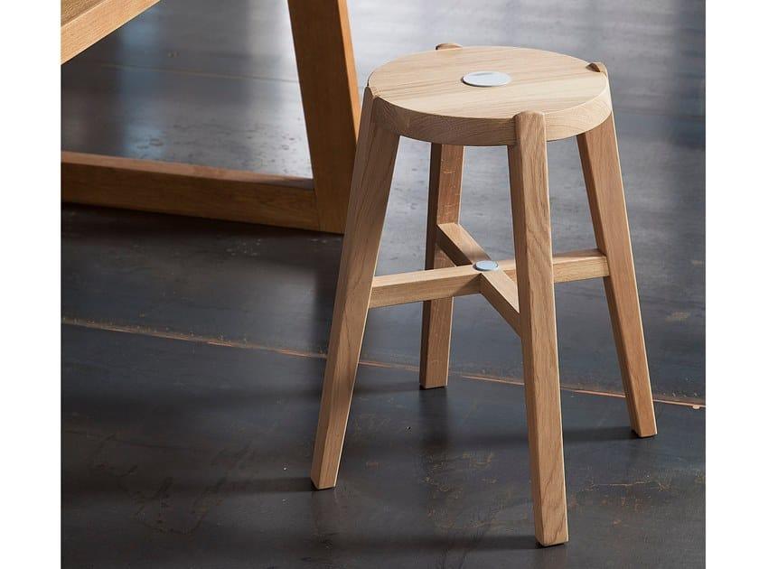 Oak stool SMALL by AltaCorte