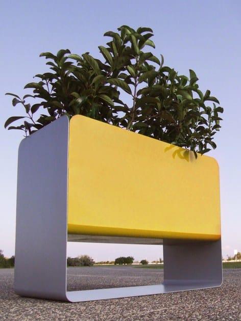 Steel Flower pot SMITH   Flower pot by LAB23 Gibillero Design