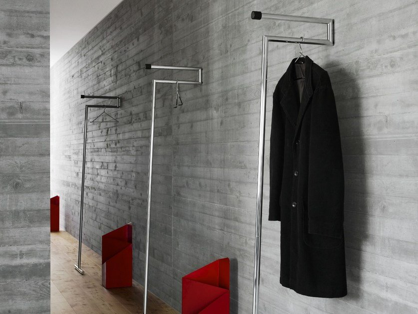 Appendiabiti da terra in acciaio cromato SNAP By MOX design Beat Glässer
