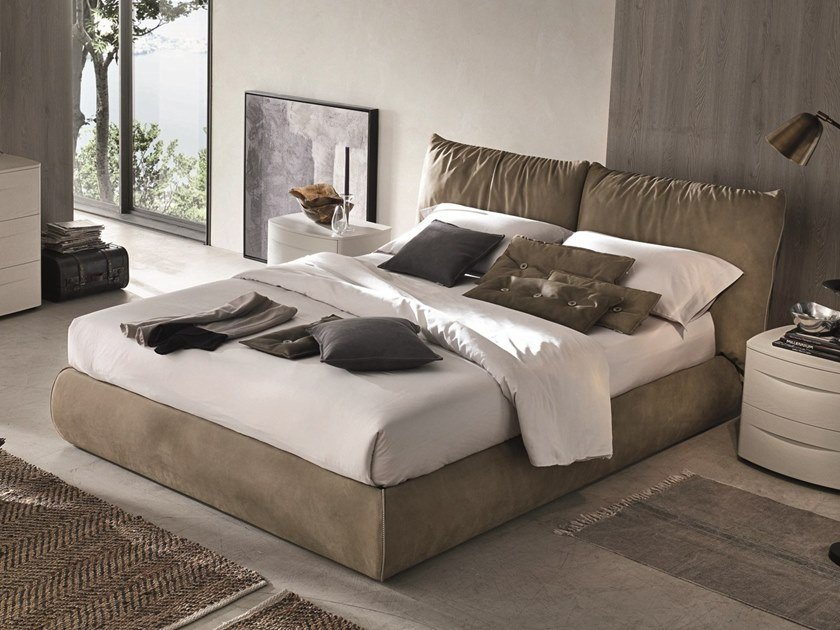 Upholstered leather double bed SOGNO by Gruppo Tomasella