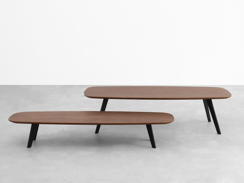 Wooden coffee table SOLAPA by STUA