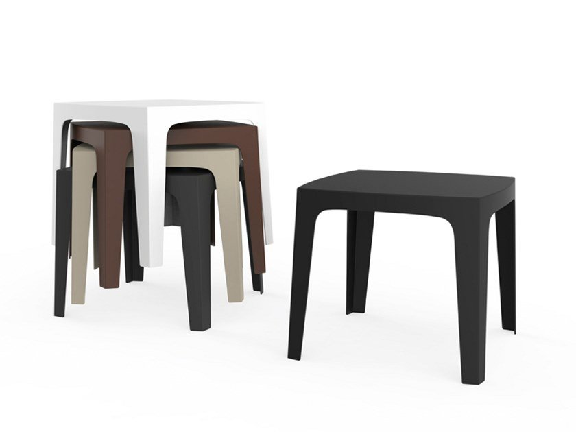 Square garden table SOLID | Dining table by VONDOM