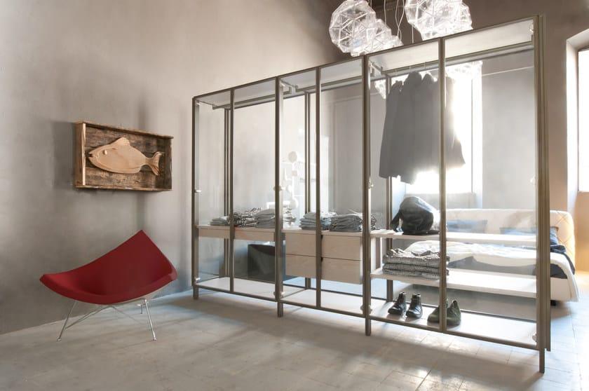 Glass walk-in wardrobe SOLO | Walk-in wardrobe by ALBED by Delmonte