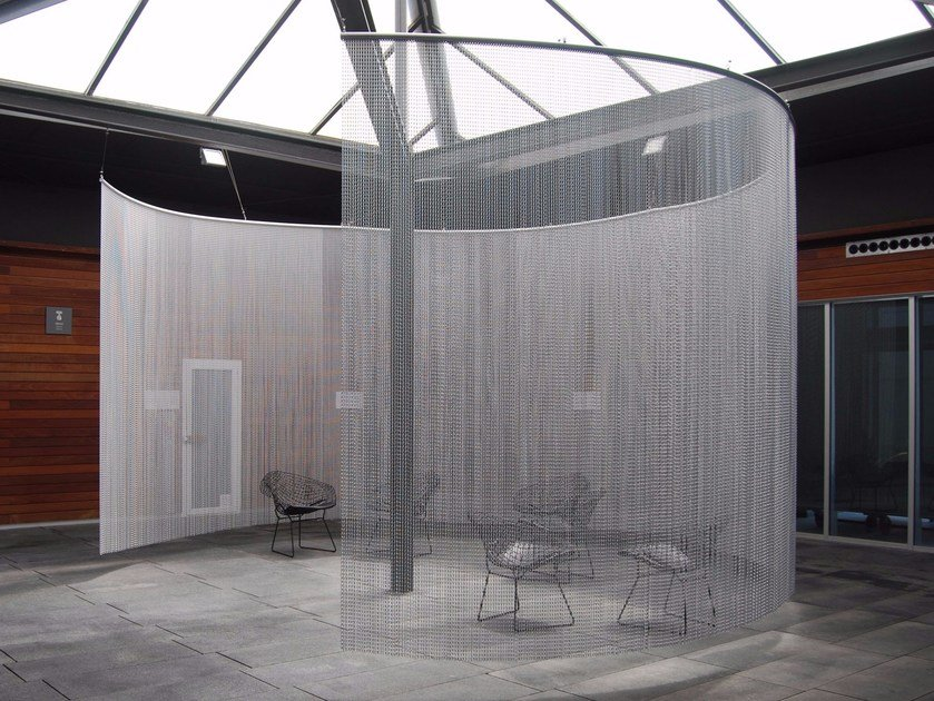 Aluminium chain curtain SPACE DIVIDER - CURVED SPA by Kriskadecor