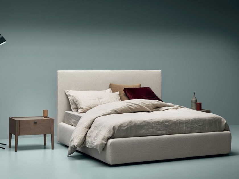 Linen bed with upholstered headboard SPACE by Md House