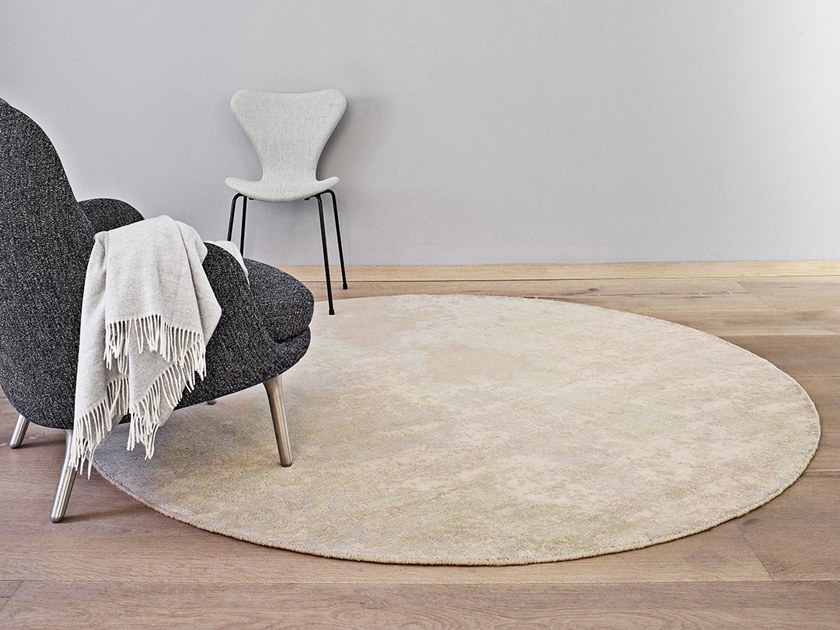 Handmade rug SPACE SURFACE by Massimo Copenhagen