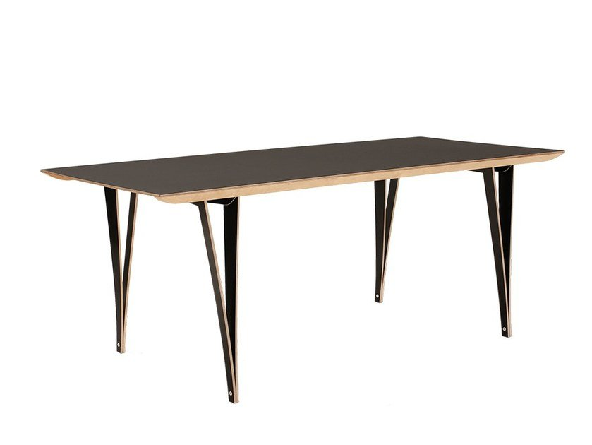 Plywood dining table SPANOTO by Nils Holger Moormann