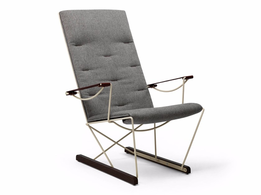 Sled base fabric easy chair with armrests SPARK | Easy chair by Massproductions