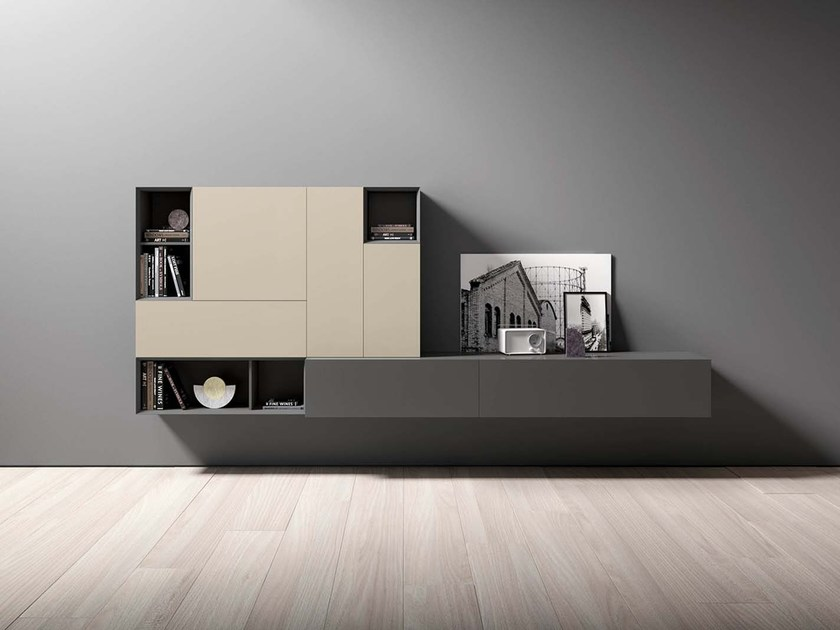 Wall-mounted lacquered storage wall SPAZIO S420 by PIANCA
