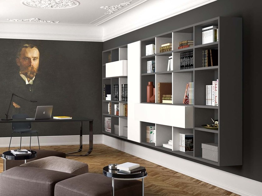Lacquered floating bookcase SPAZIOTECA SP022 by PIANCA