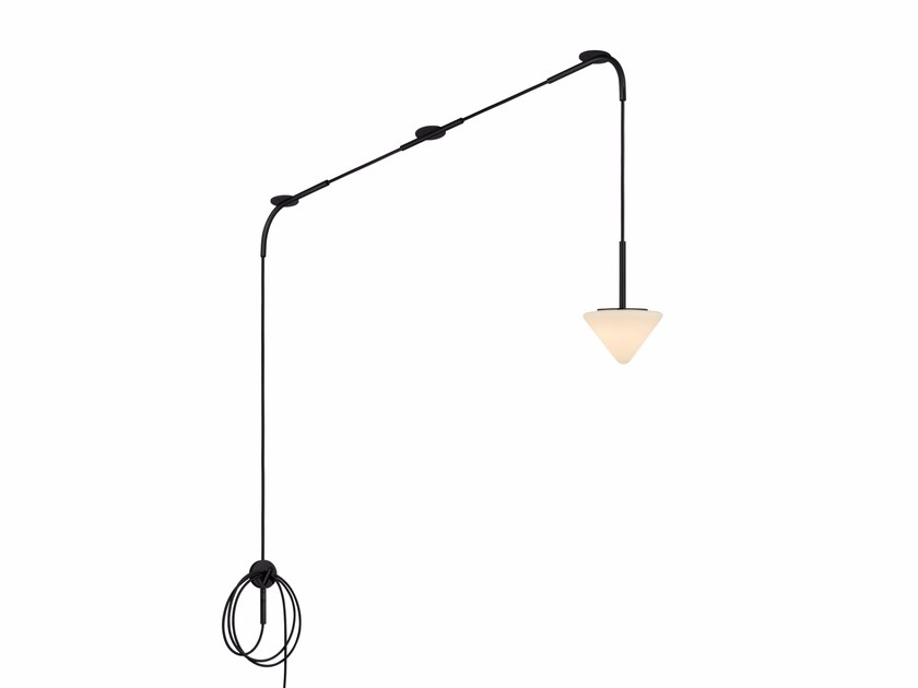 LED direct light metal pendant lamp SPINNE by Kalmar