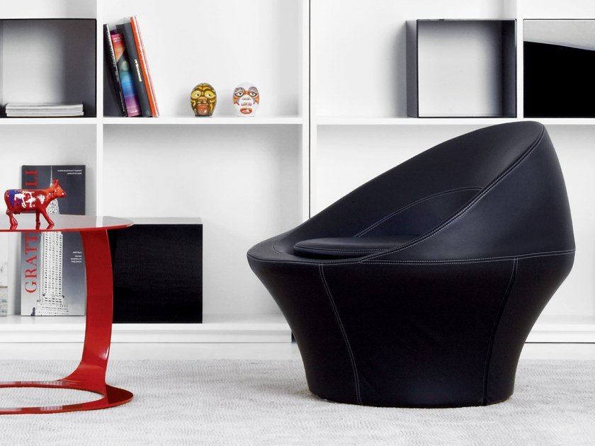 Leather easy chair SPIRA by spHaus