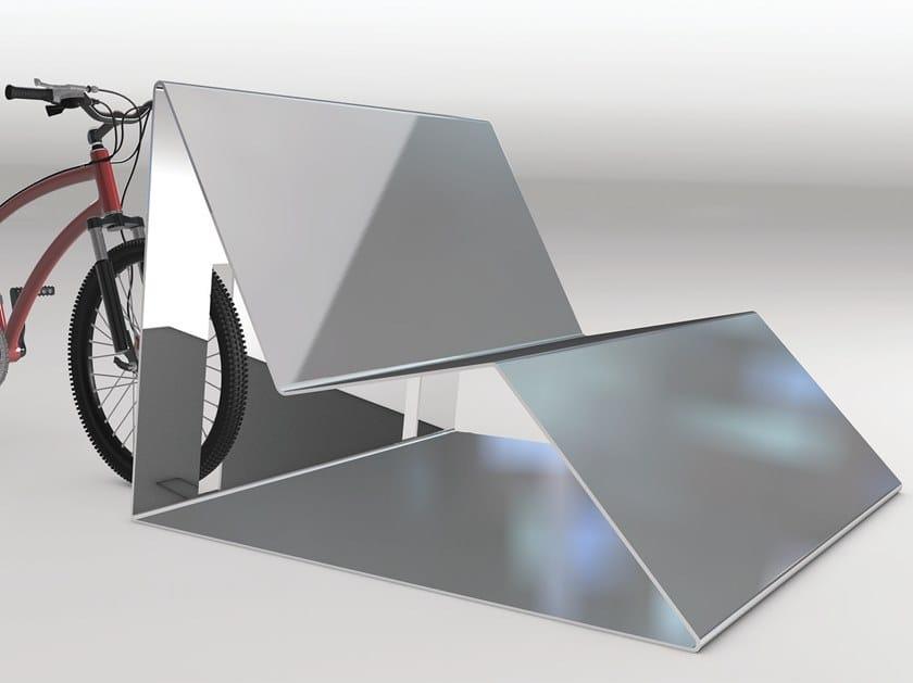 Metal Bench with back SPLINE | Metal Bench by Manufatti Viscio