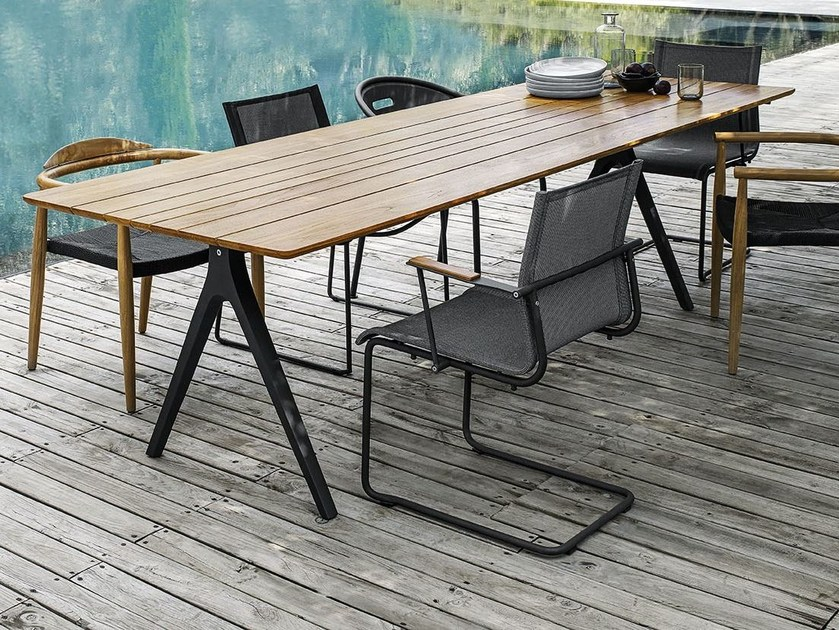 Rectangular garden table SPLIT by Gloster